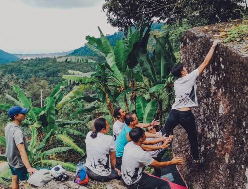 Outdoor Bouldering in Penang : Durian Valley