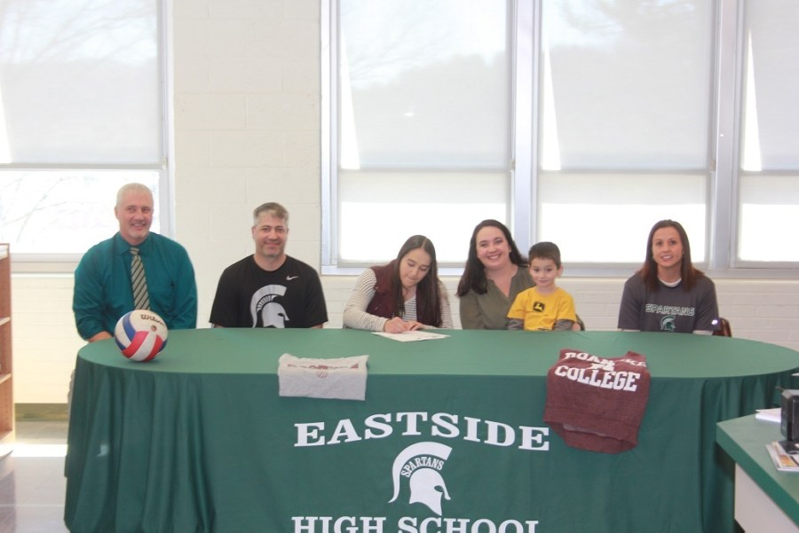 04-20-2018 Alexis King signs with Roanoke College Volleyball
