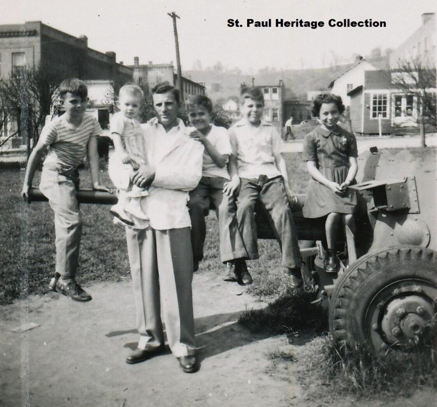 Domer, Frank, Jim Cooper, Sam, Cathy & Terry Siler st paul park ca.1946