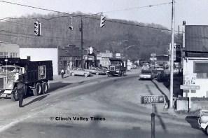 1975 Convoy (11)