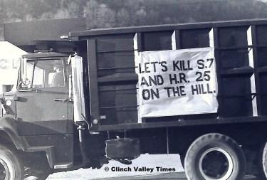 1975 Convoy (2)