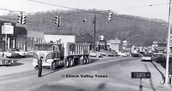 1975 Convoy (6)