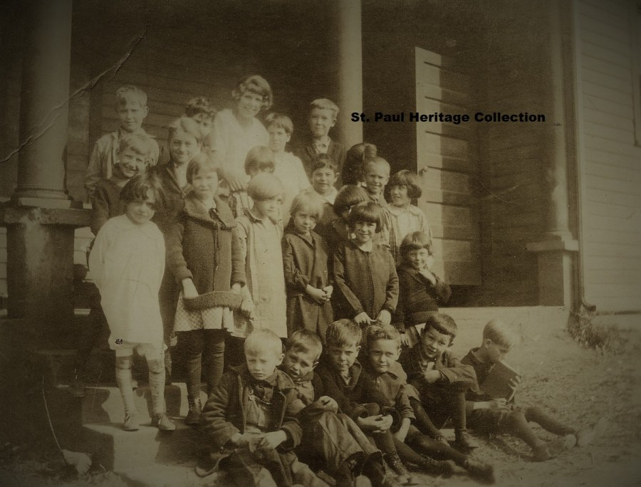 Mew School - Red Schoolhouse 1926