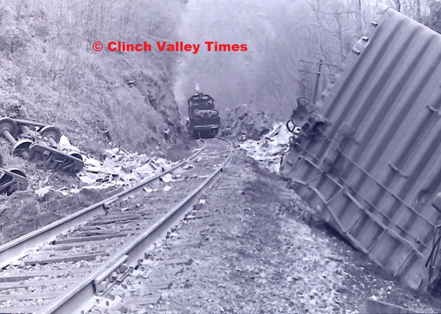 NimoFilm_8969 Clinchfield Train Derailment