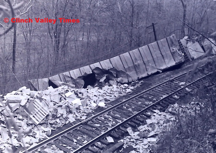 NimoFilm_8971 Clinchfield Train Derailment