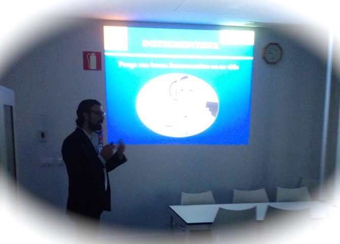 Ponencia Dr Bernaldez artroscopia de Codo Granada