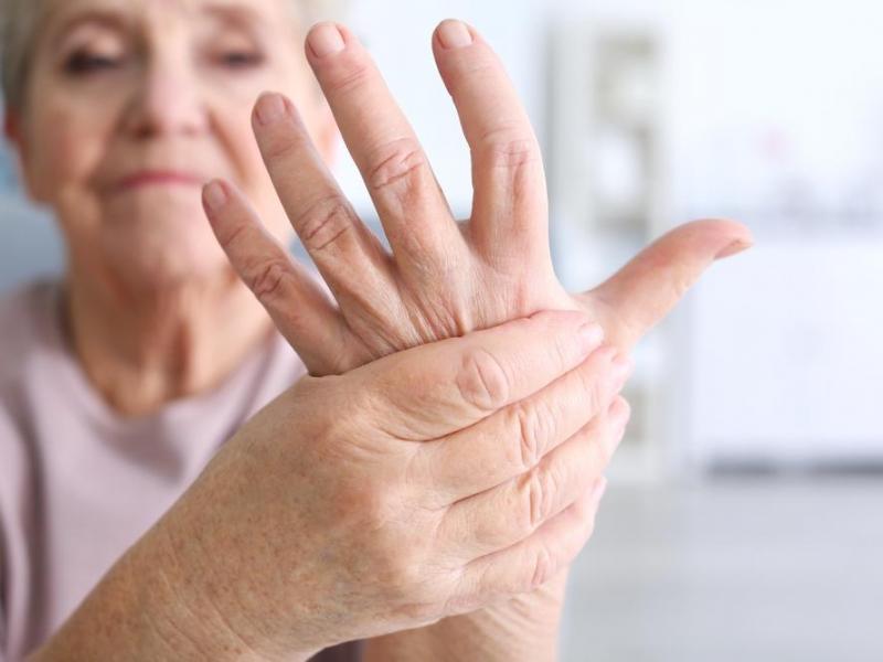 ¿Es la periodontitis el origen de la artritis reumatoide?