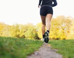deportista corriendo sola
