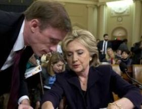 Clinton and Sullivan have a discussion during the Benghazi Committee hearing on October 22, 2015. (Credit: Saul Loeb / Agence France Presse/ Getty Images)