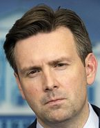 Josh Earnest (Credit: The Associated Press)