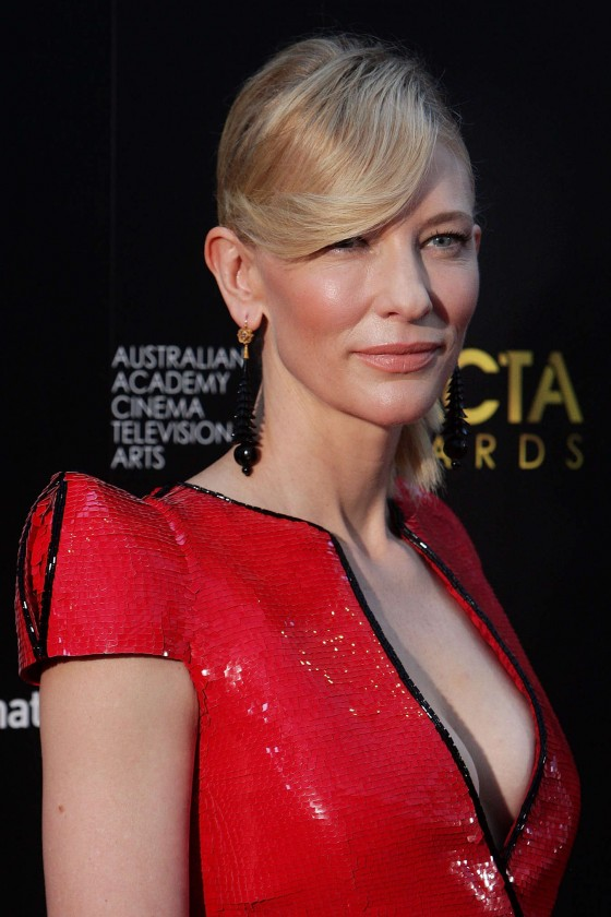 Cate-Blanchett---2013-AACTA-Awards-in-Sydney-01-560x840