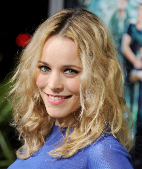 February-2nd-Journey-2-The-Mysterious-Island-Los-Angeles-Premiere-Arrivals-rachel-mcadams-28785788-500-594