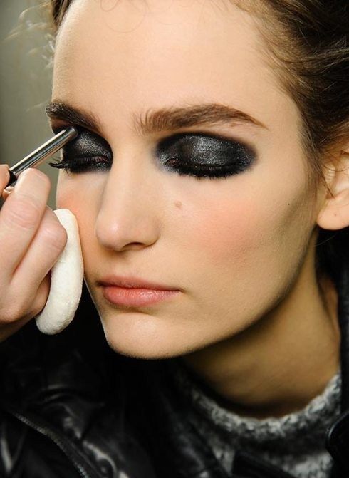 make-up-scuro-per-la-festa-della-donna