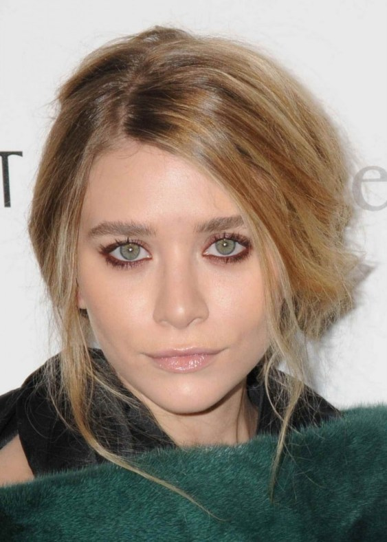ashley olsen make up red pink dark