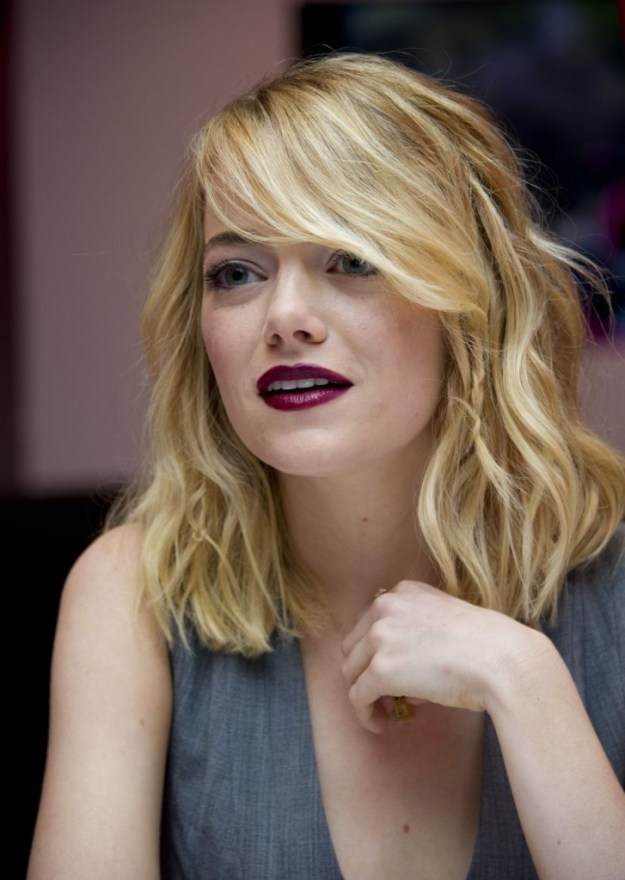 emma-stone-at-the-amazing-spiderman-2-press-conference-in-studio-city_3