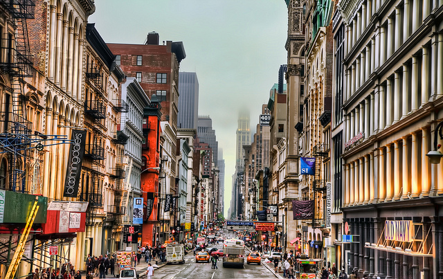 New-York-City-Soho-Shopping-District-on-Broadway