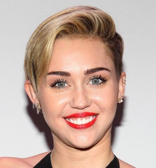 Miley-Cyrus-Red-Lipstick