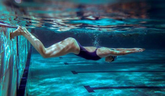 cliomakeup-fitness-in-acqua-nuoto2.jpg