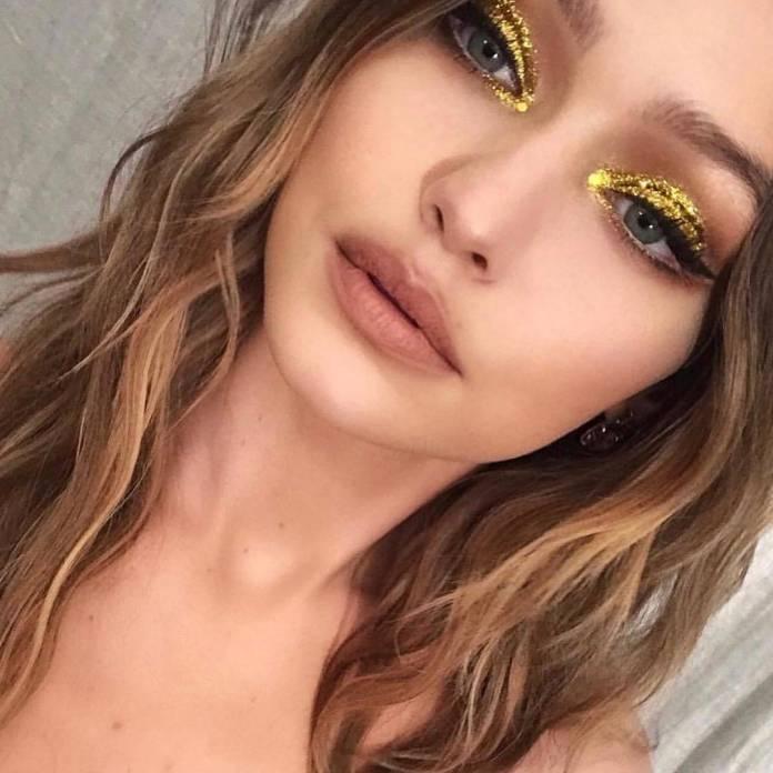 cliomakeup-trucco-feste-oro-makeup.jpg