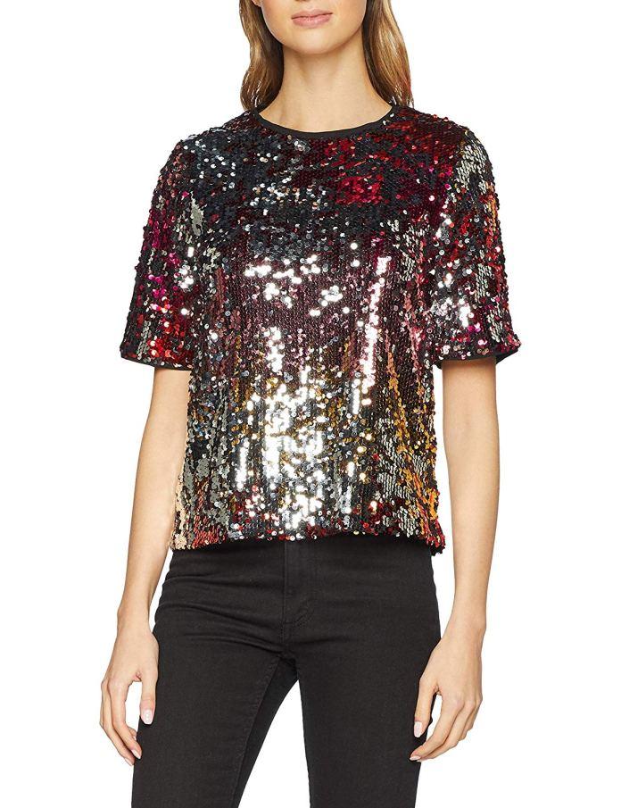 ClioMakeUp-copiare-look-Filippa-Lagerback-23-maglietta-paillettes