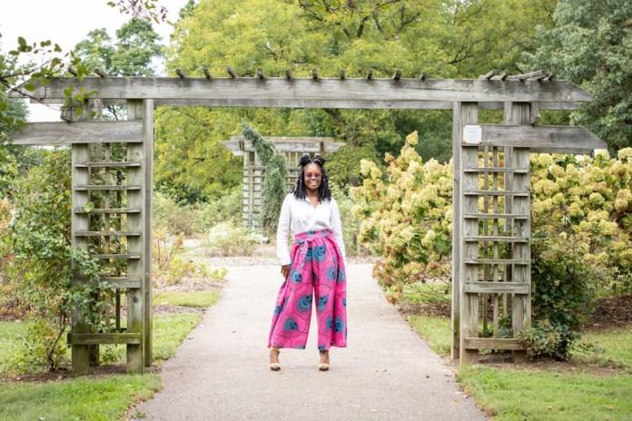 ClioMakeUp-abbinare-pantaloni-larghi-1-stampe-afro-estate.jpg