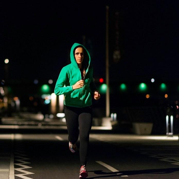 cliomaeup-alimentazione-sonno-7-jogging-night.jpg