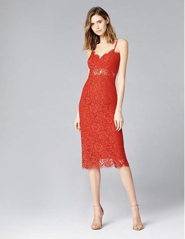 cliomakeup-copiare-look-scarlett-Johansson-13-abito-rosso