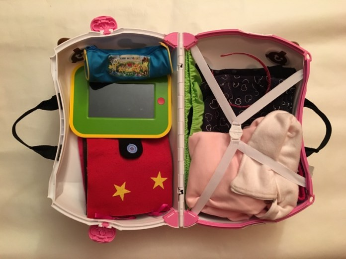 cliomakeup-affrontare-viaggio-aereo-neonato-7-valigia