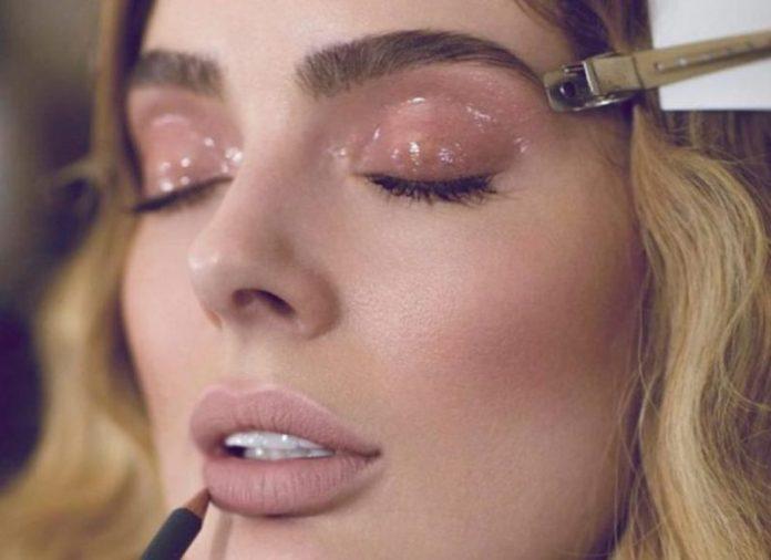 cliomakeup-makeup-abbronzatura-11-gloss-ombretto