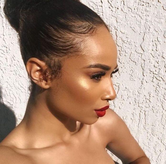 cliomakeup-makeup-abbronzatura-16-rossetto-rosso