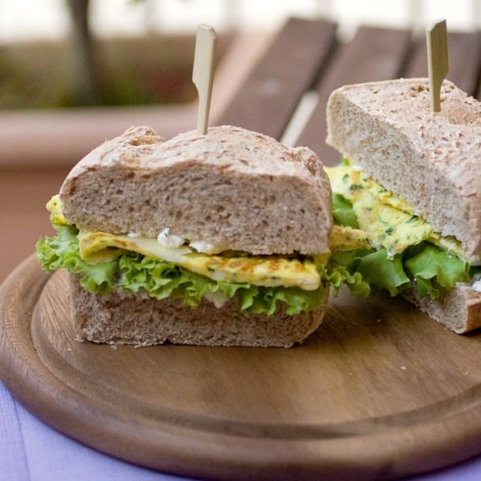 cliomakeup-ricette-pranzo-spiaggia-6-panino-frittata
