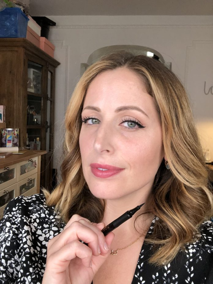 Cliomakeup-eyeliner-in-penna-migliori-2-clio-eyeliber-vegan-deeplove