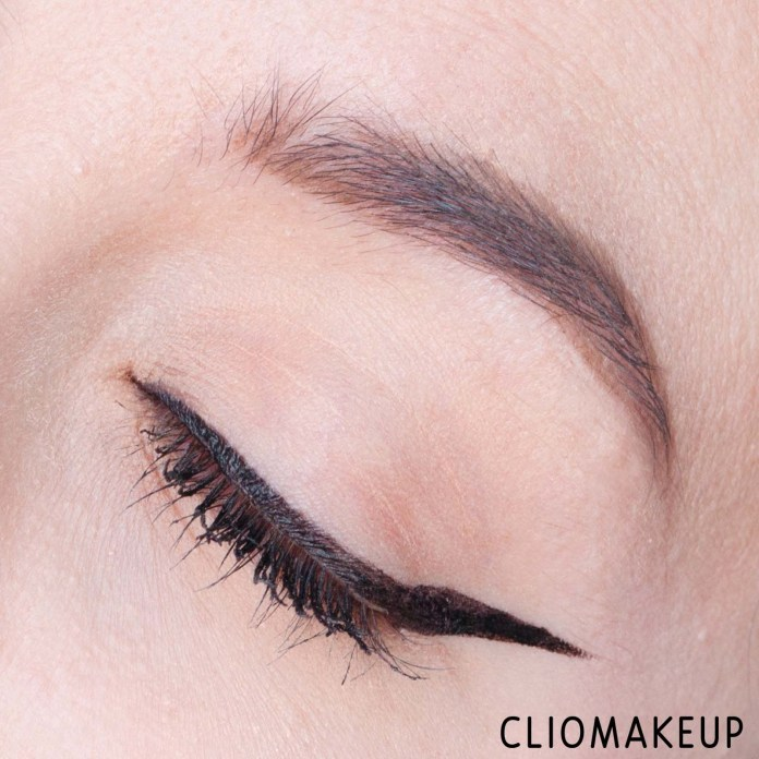 Cliomakeup-eyeliner-in-penna-migliori-14-eyeliner-loreal-flash-cat-eye-by-superliner