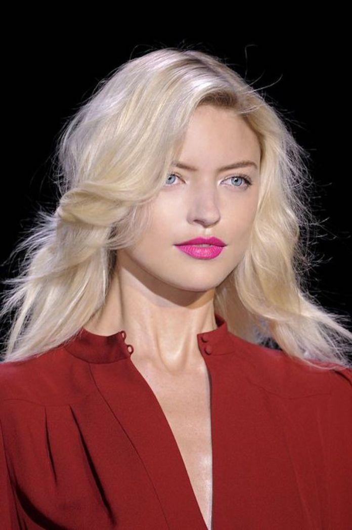 cliomakeup-rossetti-capelli-biondi-2-rossetto-rosa