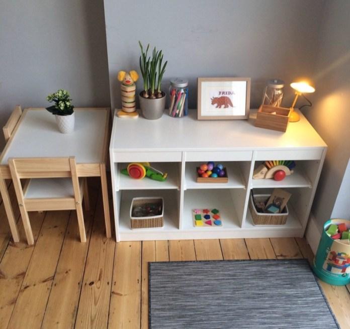cliomakeup-metodo-montessori-a-casa-4-tavolo-libreria-bassi
