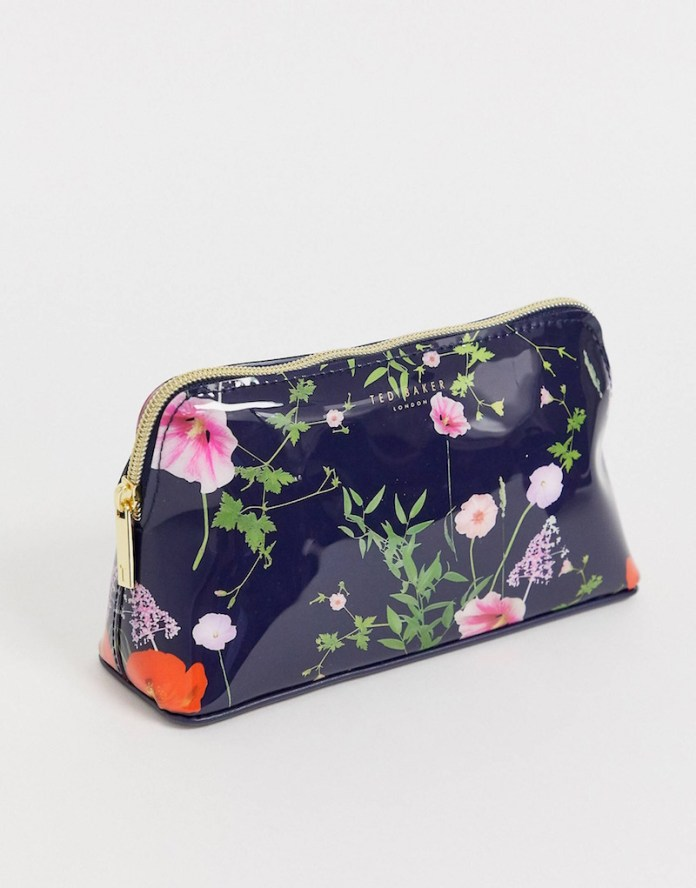 ClioMakeUp-prodotti-beauty-università-5-trousse-ted-baker-asos.jpg