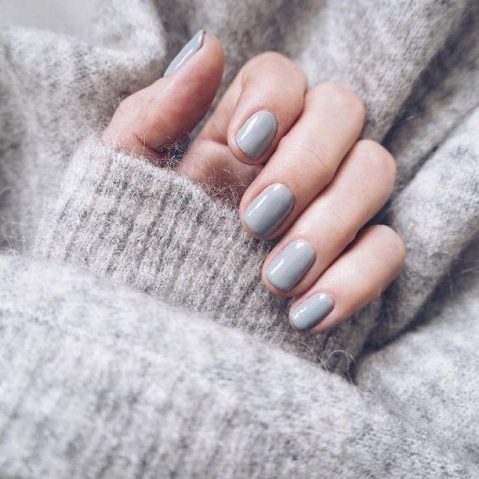 Cliomakeup-alpaca-grey-unghie-8-manicure-grigia