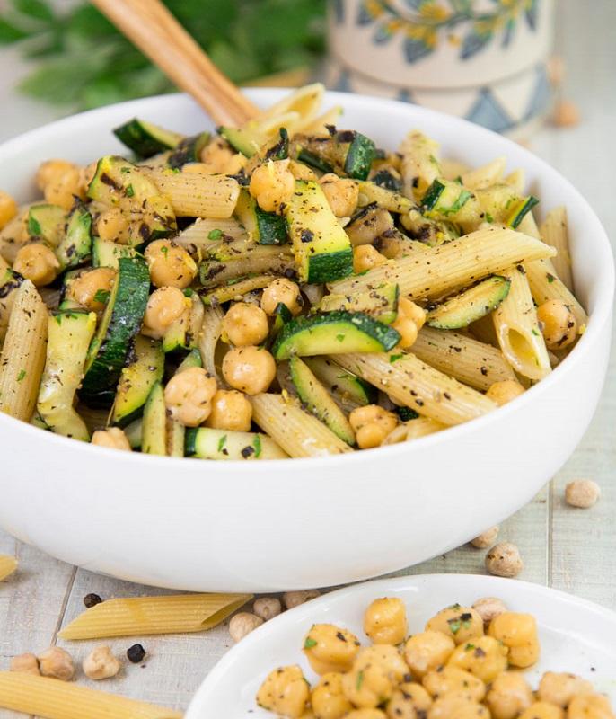 cliomakeup-la-pasta-integrale-fa-ingrassare-15-pasta-zucchine-ceci