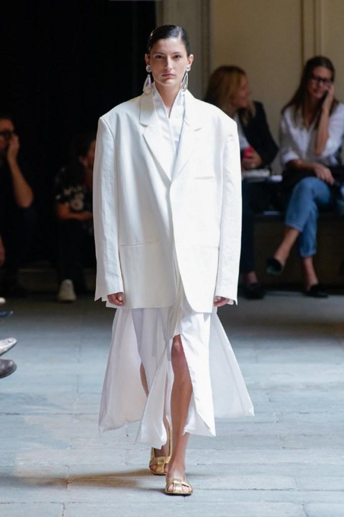 cliomakeup-milano-fashion-week-primavera-estate-2020-18-calcaterra