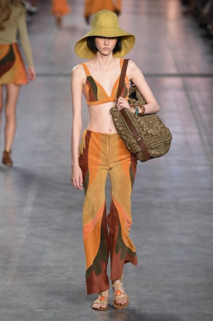 cliomakeup-milano-fashion-week-primavera-estate-2020-6-alberta-ferretti-anni-70