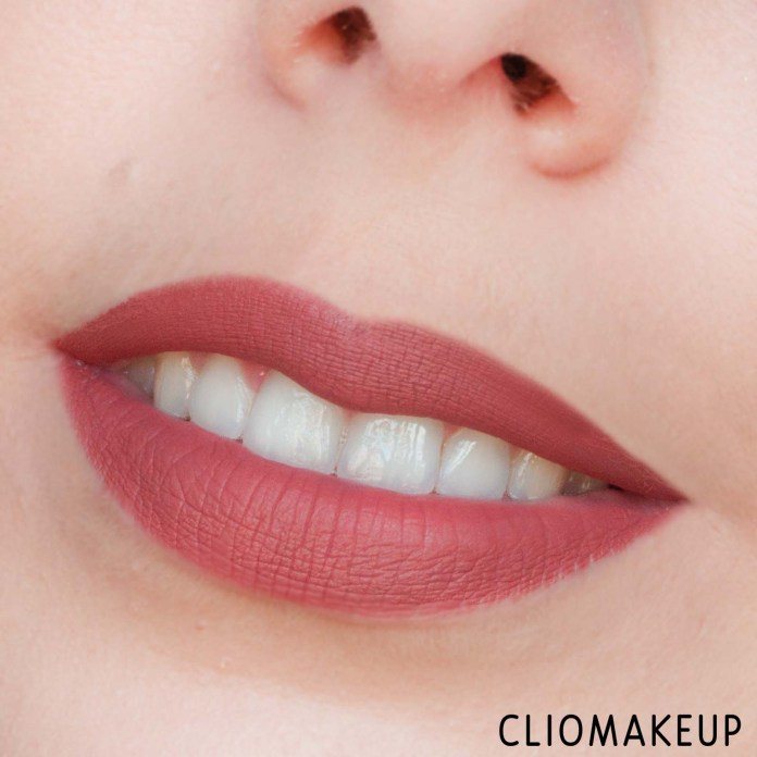 cliomakeup-recensione-rossetti-nyx-lingerie-push-up-long-lasting-lipstick-14
