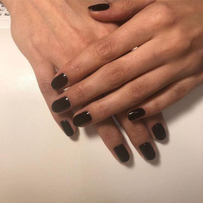 cliomakup-amanti-nero-17-smalto-nero