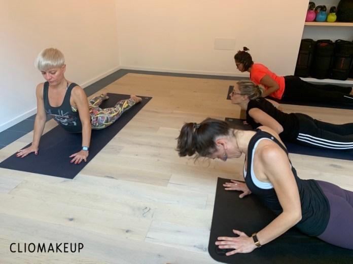cliomakeup-avvicinarsi-yoga-21-alzarsi