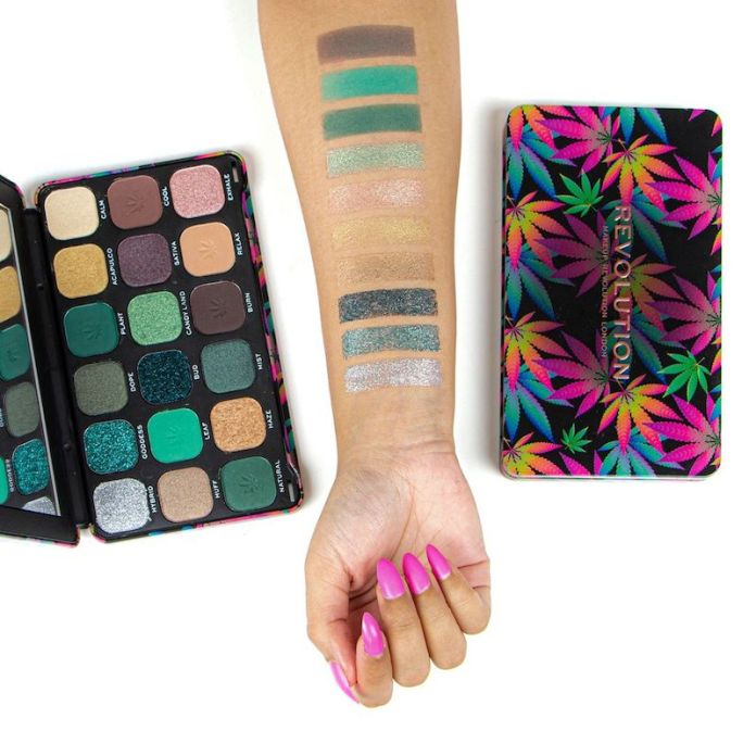 cliomakeup-palette-beauty-2019-7-makeup-revolution-good-vibes