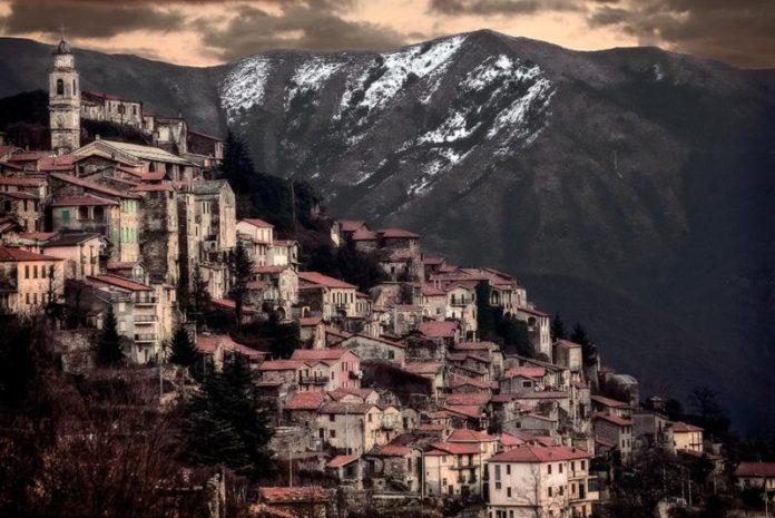 Viaggi Halloween: Triora è il cosiddetto Paese delle Streghe, in Liguria