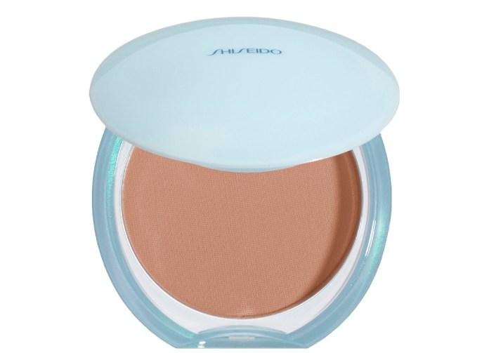 cliomakeup-fondotinta-pelli-grasse-19-shiseido-pureness