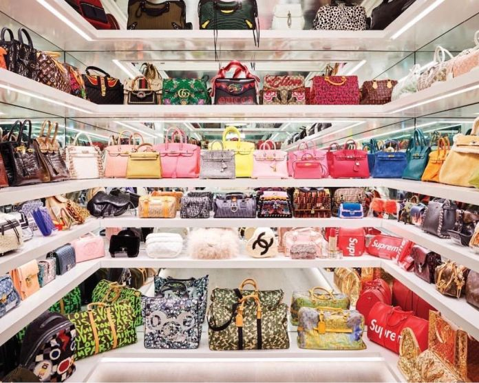ClioMakeUp-borse-delle-star-1-cover-bag-walk-in-closet.jpg