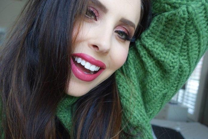 Cliomakeup-trucco-occhi-verdi-capodanno-10-makeup-delight-ombretto-rosa