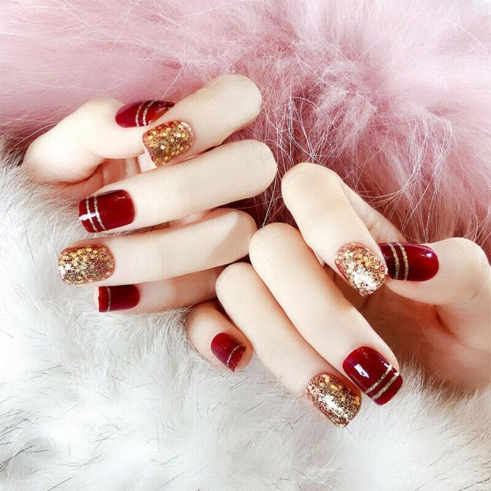 Cliomakeup-unghie-natalizie-2-rosso-oro