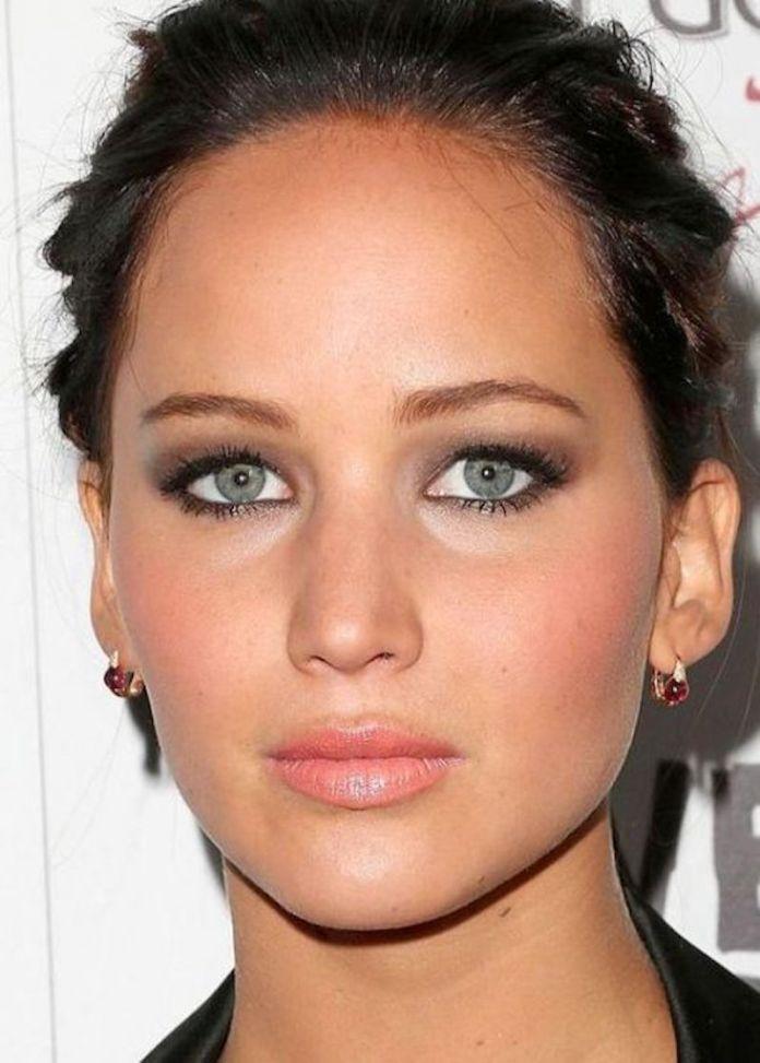cliomakeup-makeup-invecchia-capodanno-2-occhi-scuri
